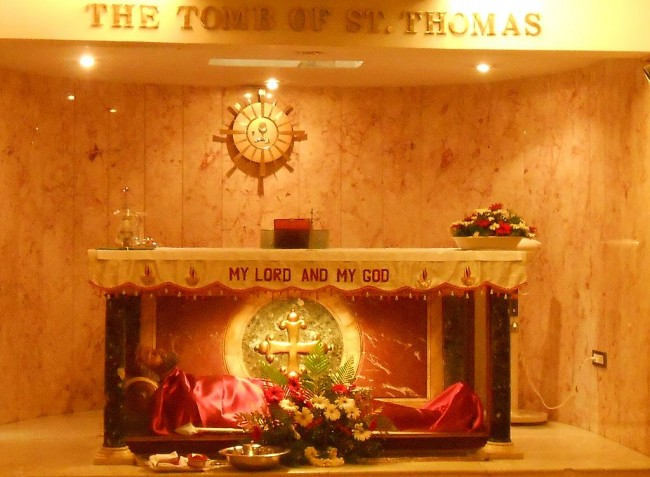 The tomb of St. Thomas the Apostle in Mylapore, India | © Mathen Payyappilly Palakkappilly (User:Achayan) / WikiCommons