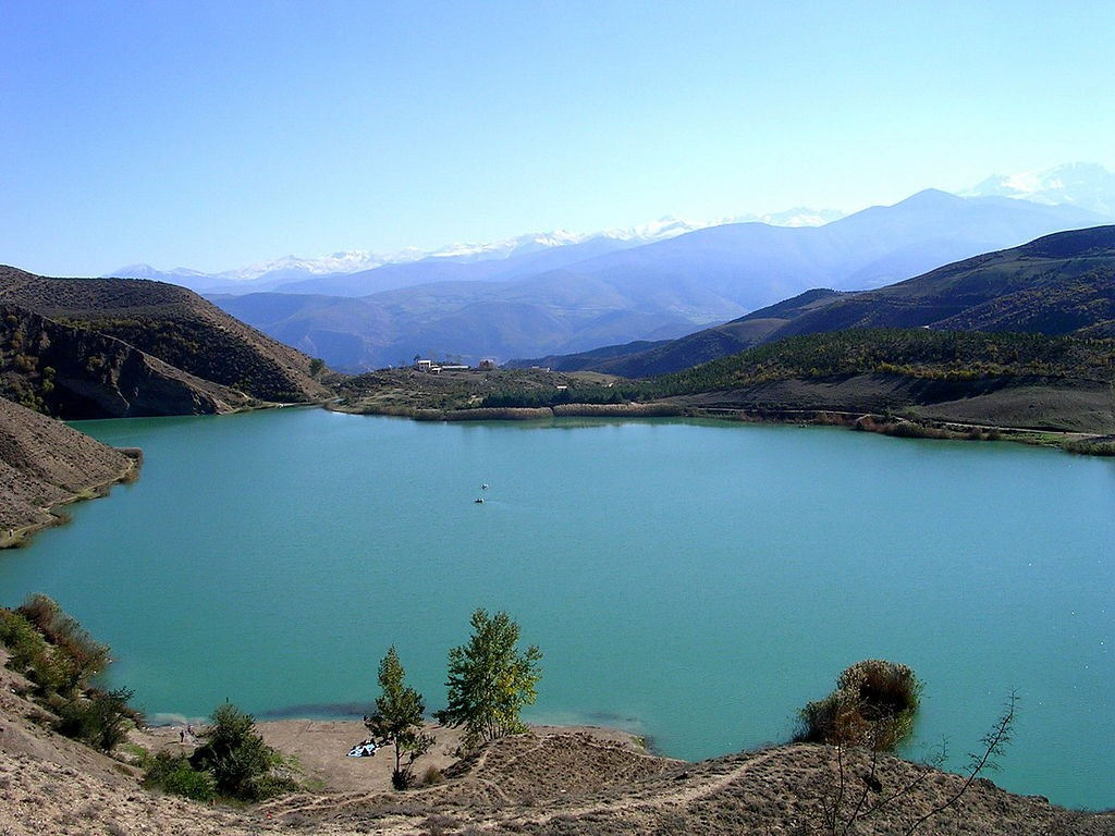 Valasht Lake is close to Tehran | © همان / Wikimedia Commons