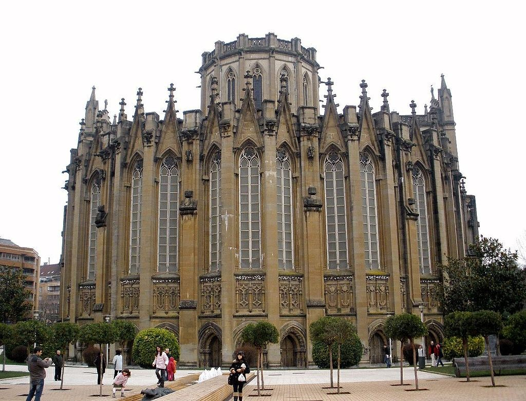 Vitoria Gasteiz Cathedral | ©Zarateman / Wikimedia Commons