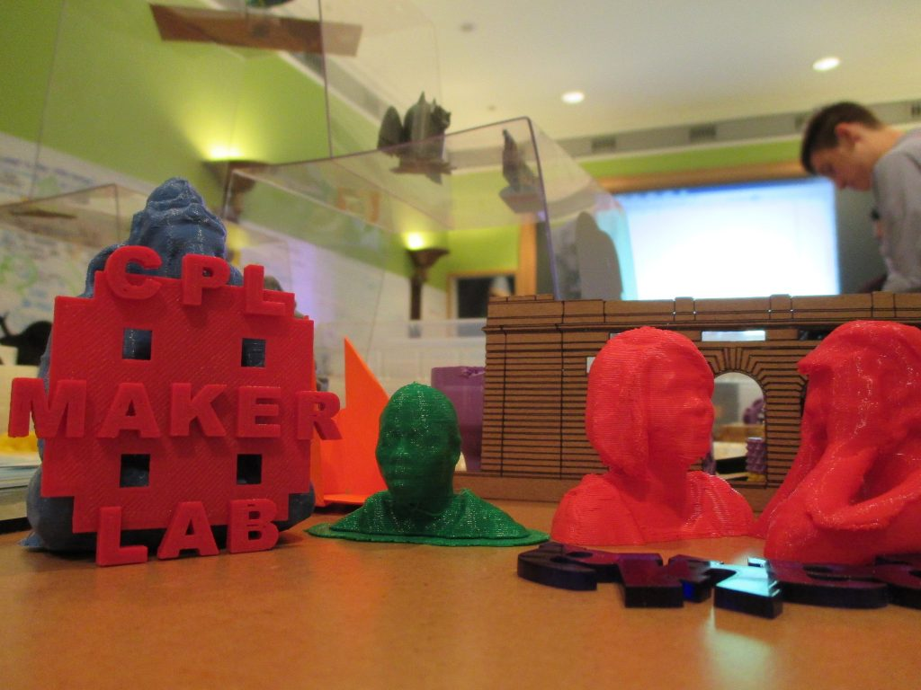 3D printing at CPL Maker Lab | © ChiPubLib Makerspace / Flickr