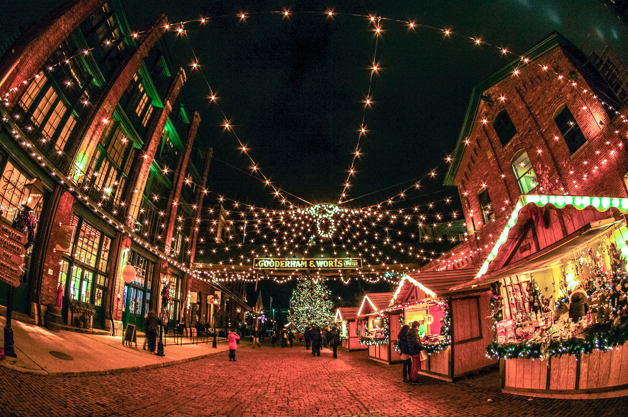 Toronto Christmas Market | © Shaheen Karolia / Flickr
