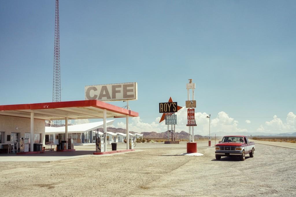 Ralph Gräf, Gasing Up At Roy's, 2017 | © Ralph Gräf, Germany, 1st Place, Open, Travel, 2017 Sony World Photography Awards