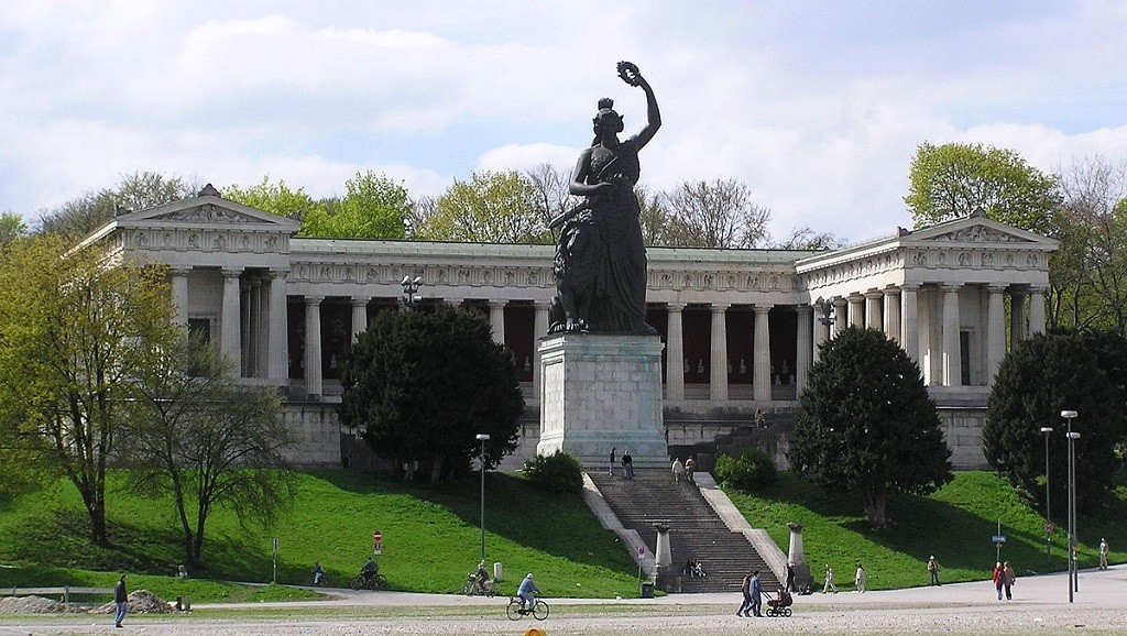 The Bavaria Statue | © Hvezd / Wikimedia Commons