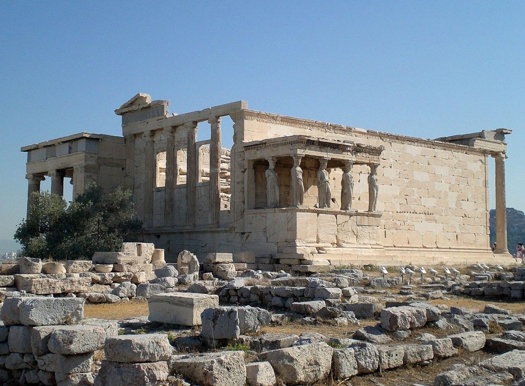 The Erechtheum in Athens, Greece | © LevineDS/WikiCommons
