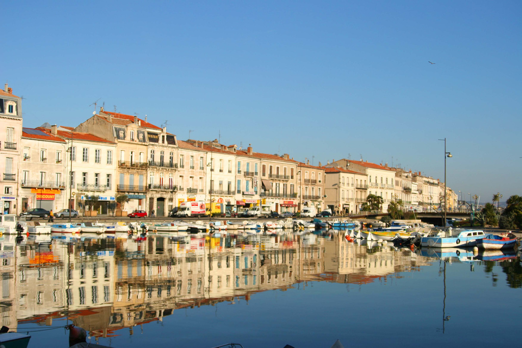The old harbour of Sète © JF R