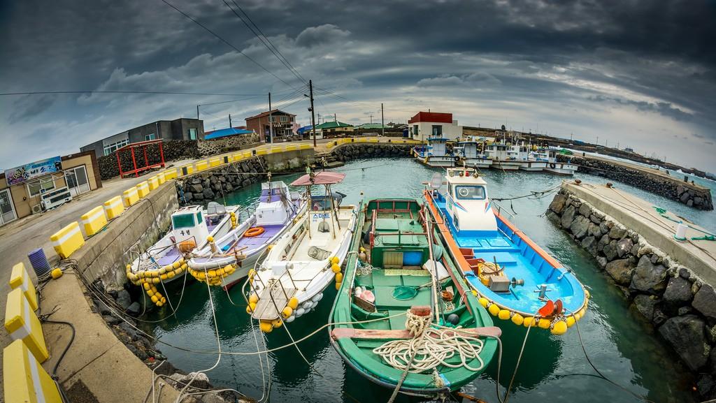Boats at the dock | © Chingazo / Flickr