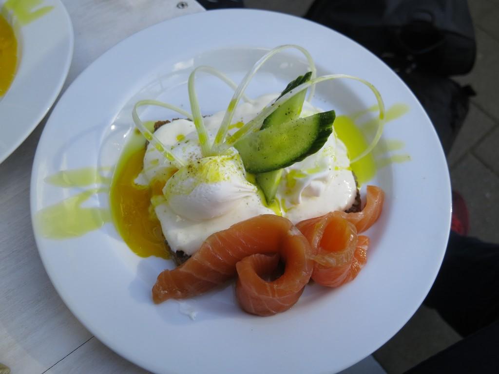 A meal at the Scandinavian Embassy | © Alper Çuğun / Flickr