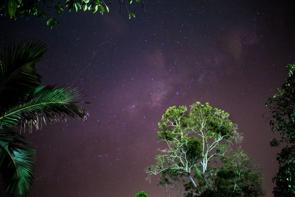 Take a hike under the stars in Rio Bonito / © Anderson Nova / Flickr