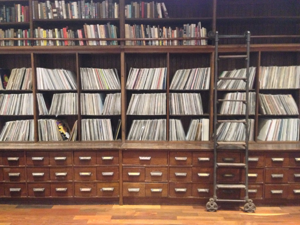 Frankie Knuckles's vinyl collection at Stony Island Arts Bank | © Steven Vance/Flickr