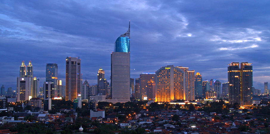 Jakarta skyline | © The Diary of a Hotel Addict / Flickr
