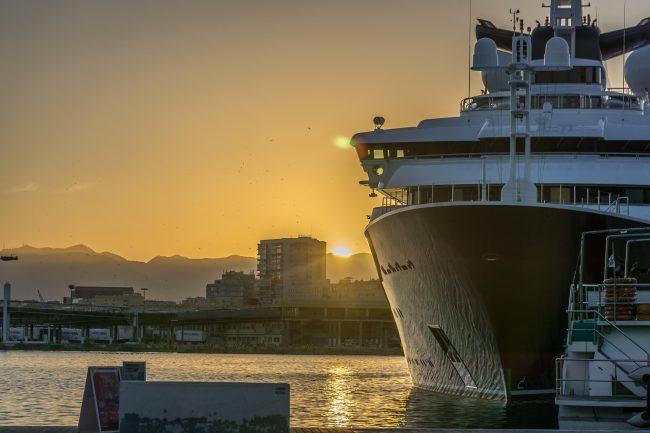 "<a href=""https://www.flickr.com/photos/truszko/"">'The Octopus', Microsoft co-founder Paul Allen's mega-yacht, moored in Málaga port | © truszko, flickr</a>"