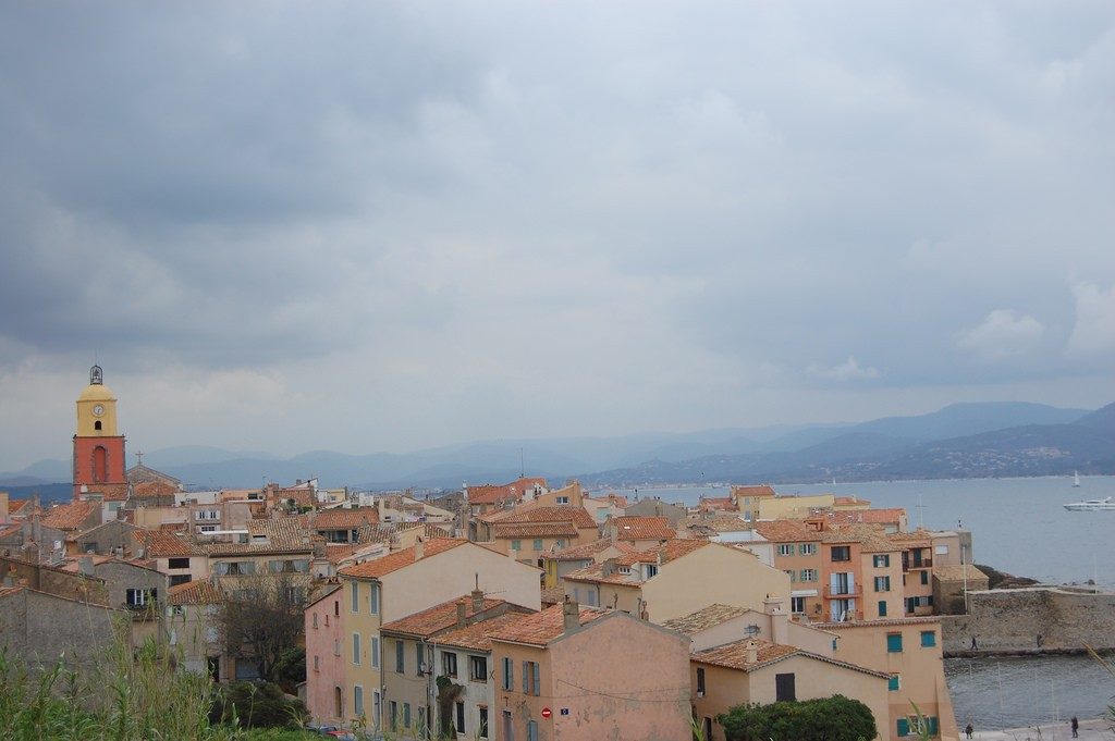 The roofs of St Tropez with the bell tower from Notre Dame | © thierry ben abed/Flickr