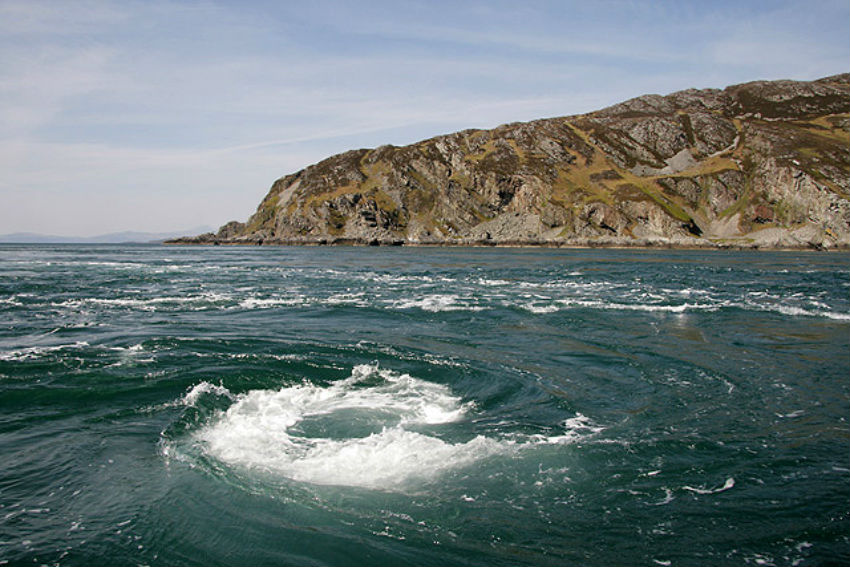 Corryvreckan Whirlpool | © Walter Baxter / Geograph