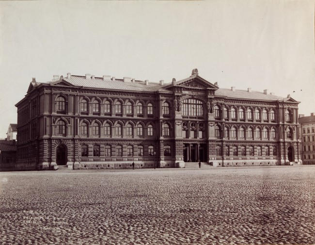The Ateneum building in 1890/ Finnish National Gallery/ Flickr