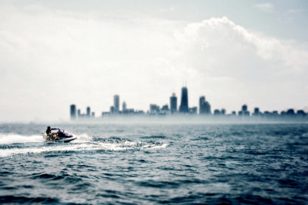 Jet skiing on Lake Michigan | © VV Nincic/Flickr