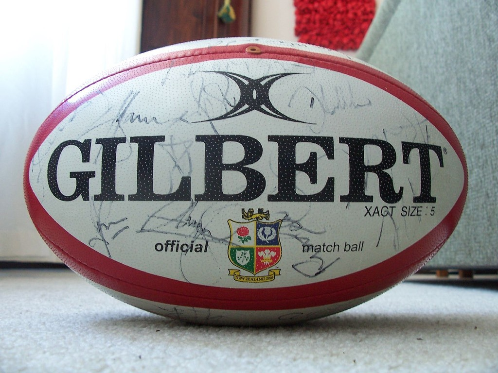 The Official Rugby Ball for the 2005 Lions Tour | © Hamish/Flickr