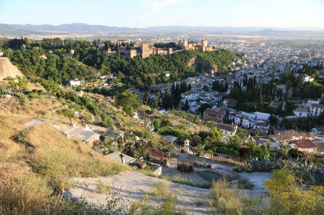 "<a href=""https://www.flickr.com/photos/78304219@N06/"">Amazing views of Granada from the countryside above Sacromonte 