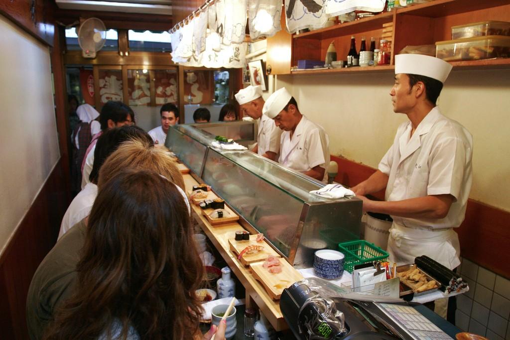 Sushi bar in Tsukiji   © Bryan Allison/Flickr