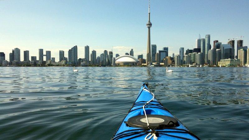 Kayaking around the Toronto Islands | © Mathew Ingram/ Flickr