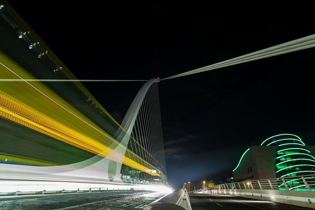 The Samuel Beckett Bridge at Night | © Greg Clarke/Flickr