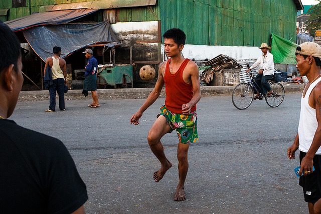 Yangon | © Jaume Escofet/Flickr