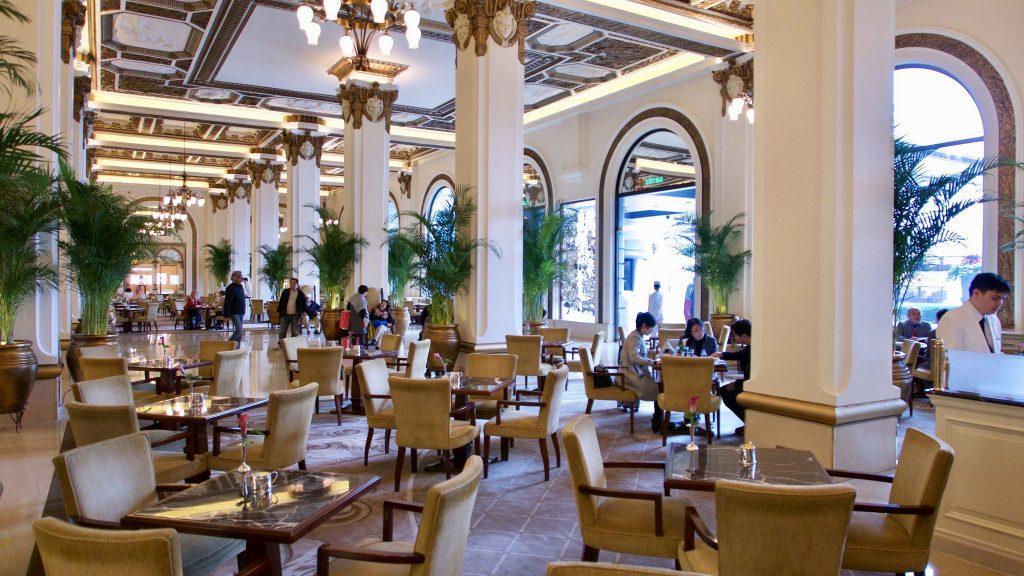 The Peninsula Hotel lobby   Werner Bayer/Flickr