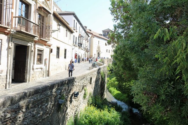 "<a href=""https://www.flickr.com/photos/denverjeffrey/"">The Carrera del Darro is beautiful in spring 