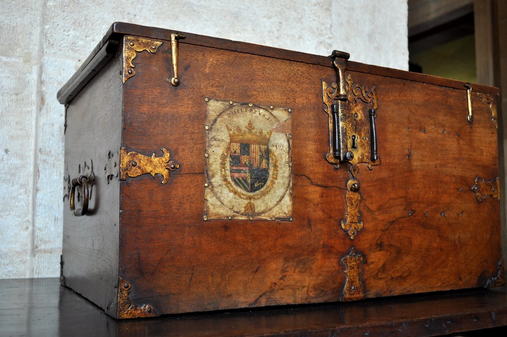"Goods from the ""New World"" were stored in chests that be viewed in Seville´s ""Archives of the Indies""; katiebordner, flickr"