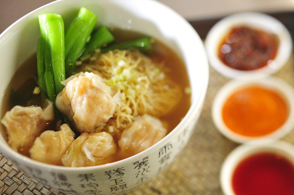 Shrimp wonton soup noodles | © InterContinental Hong Kong / Flickr