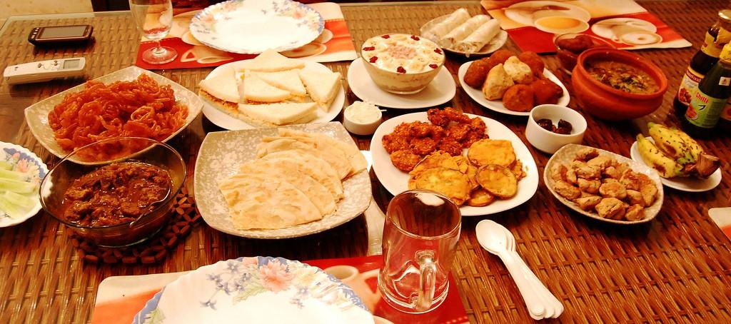 Iftar at Home | © raasiel/Flickr