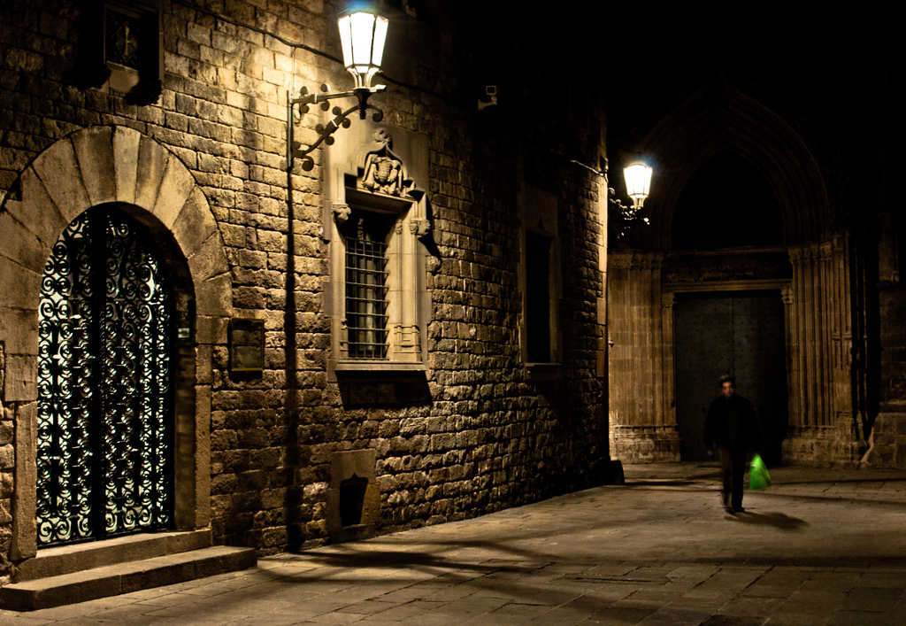 The streets of the Gothic Quarter © Davidlohr Bueso