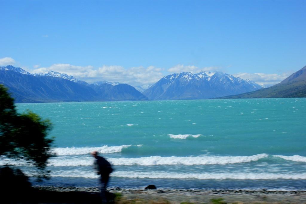 Lake Ohau   © Michael Button/Flickr