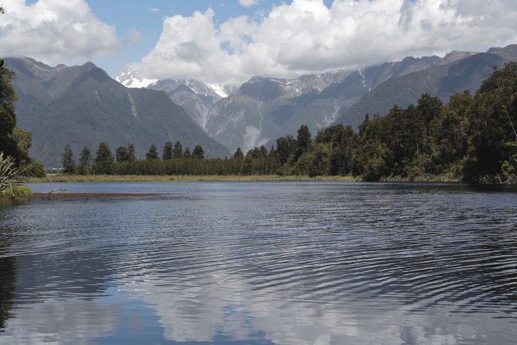 Lake Matheson   © smalljude/Flickr