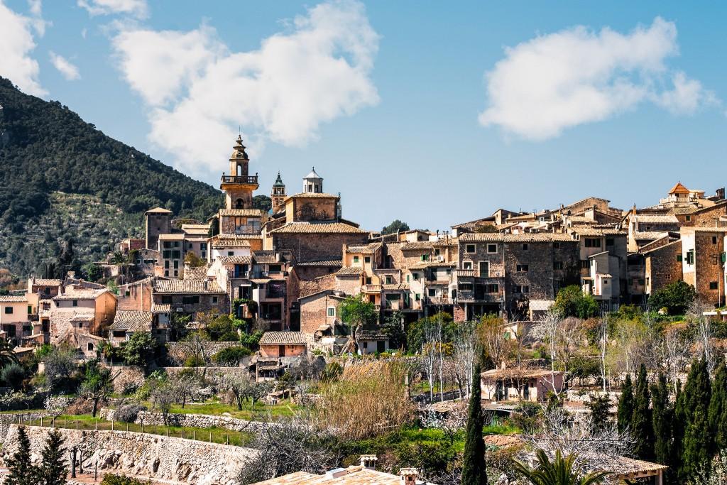 Charming town of Valldemossa © Andrés Nieto Porras / Flickr