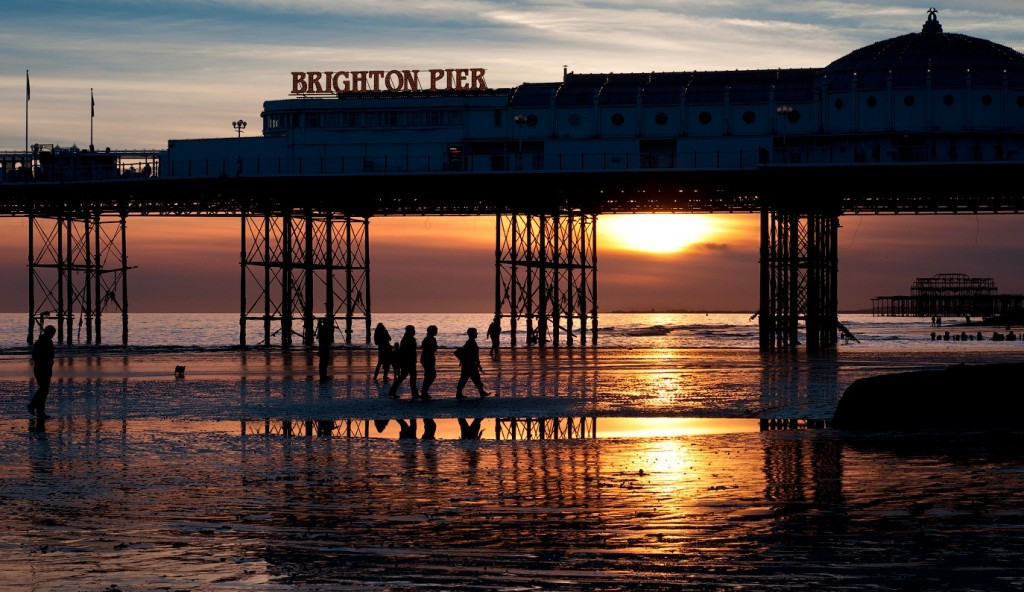 Another day sets on Brighton Pier | valcker / Flickr