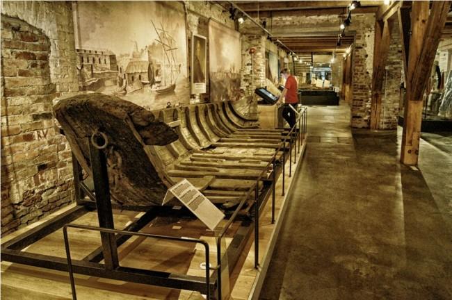Inside the Suomenlinna Museum/ Ewa Rozkosz/ Flickr