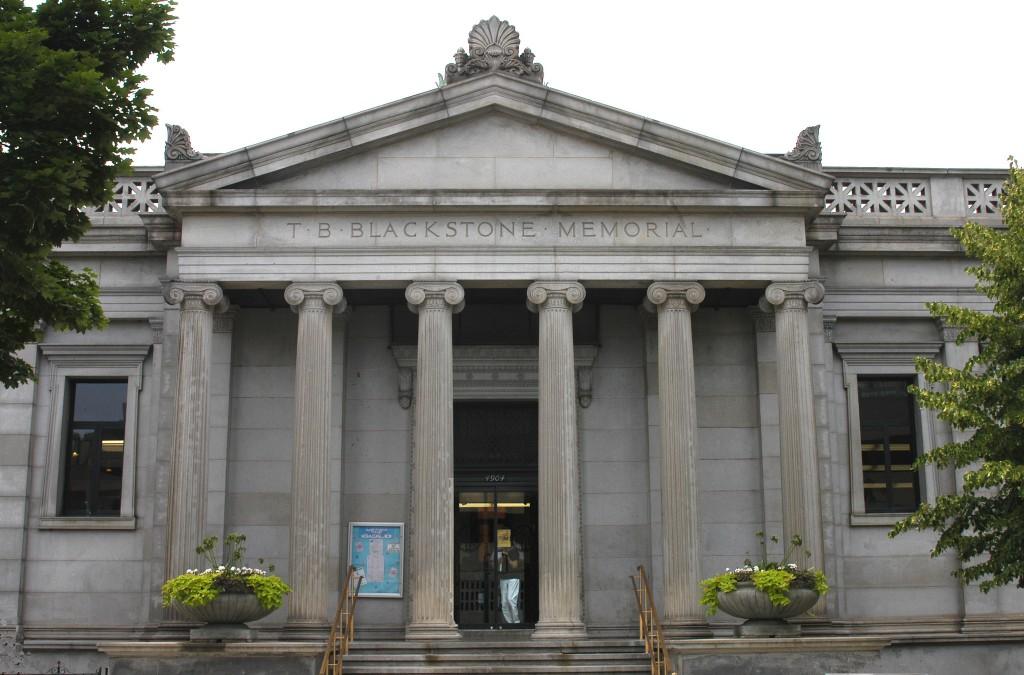 Blackstone Library | © Daniel X. O'Neil/Flickr