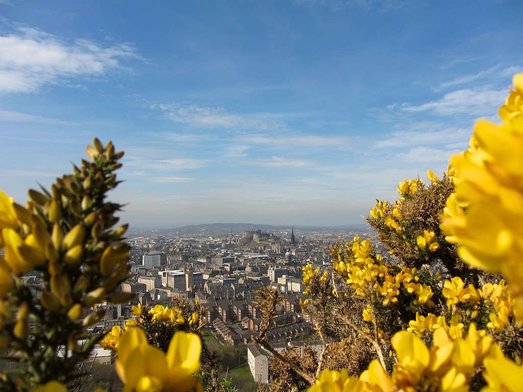 Edinburgh In Spring | © Rob Schulze/Flickr