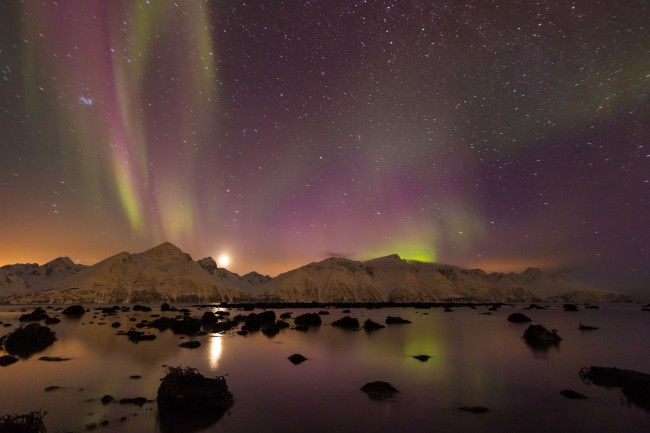 Northern lights at Djupvik | © Carsten Frenzl / Flickr