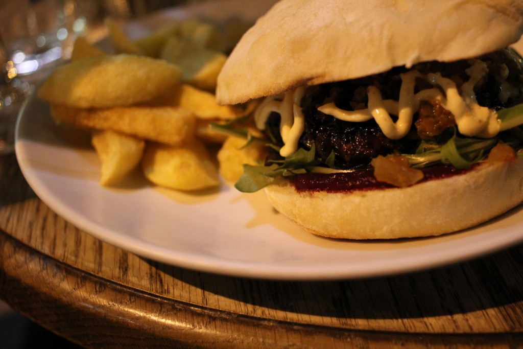 Wellington On A Plate Burger | © Sarah-Rose/Flickr