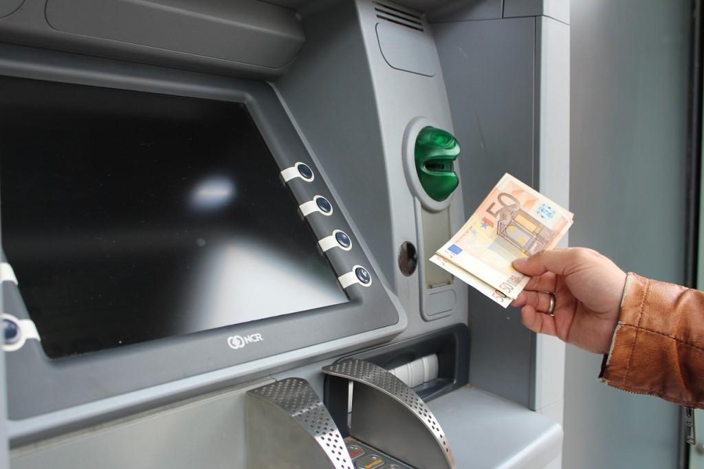 Limit your ATM stops / © 3dman_eu / Pixabay
