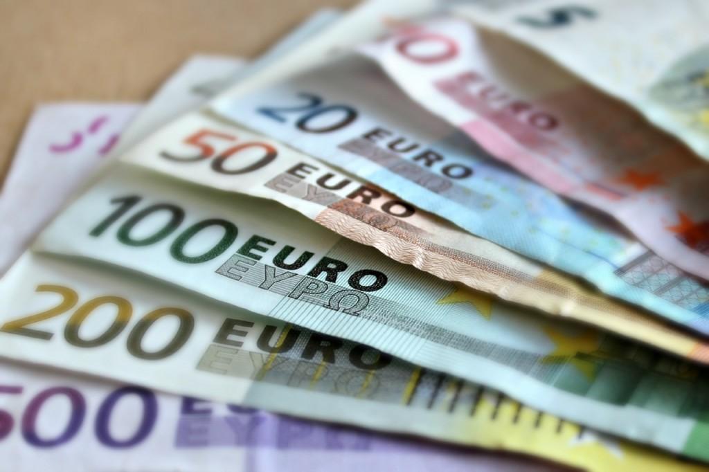 Euros |martaposemuckel/ PixaBay