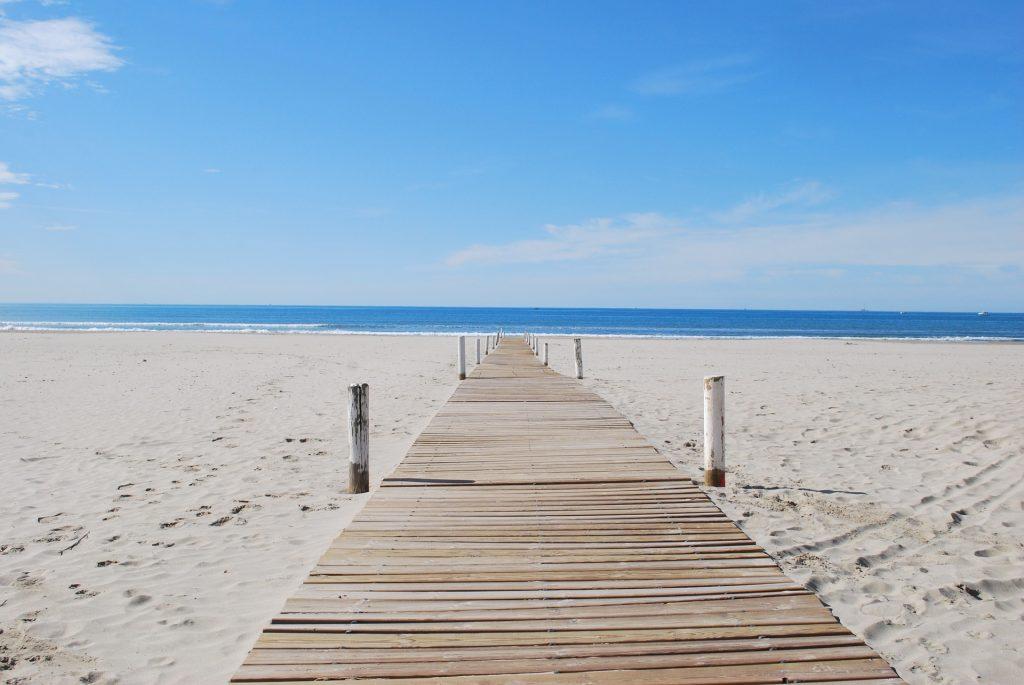Praia du Petit Travers