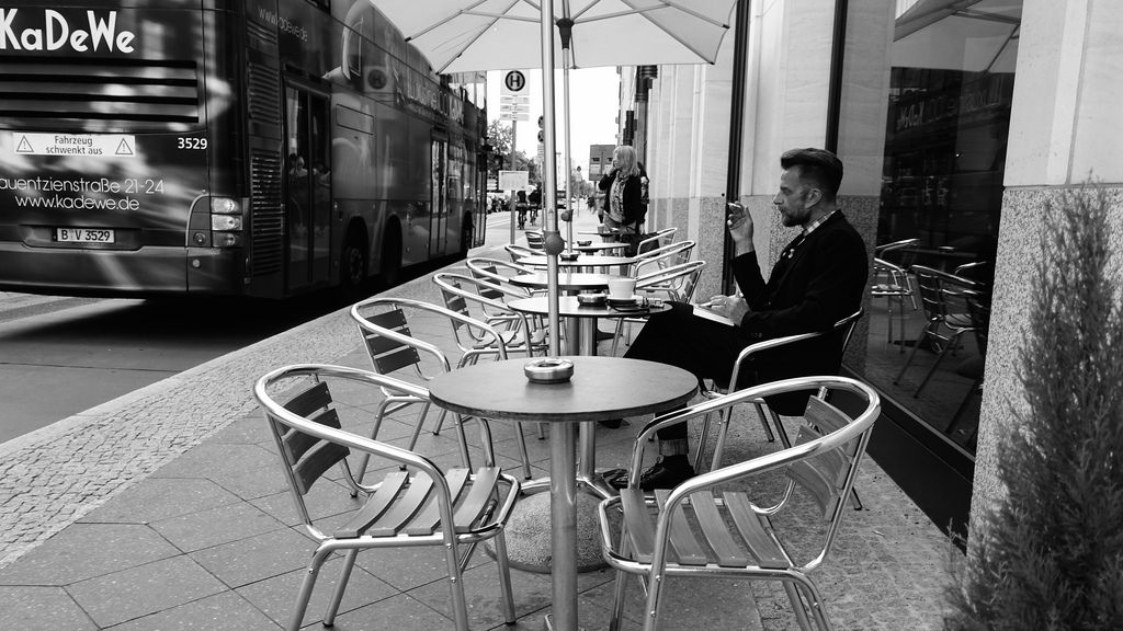 There's always people hanging out solo in Berlin | © Adam B/Flickr