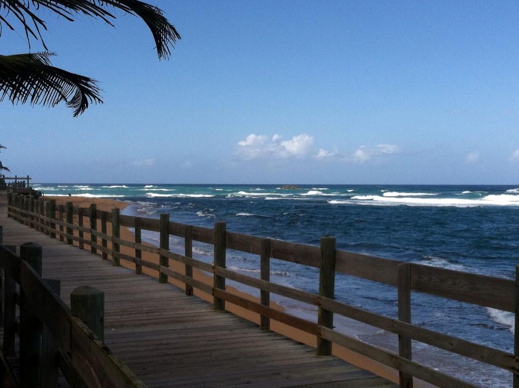 Boardwalk at Piñones in Puerto Rico | © sailn1/ Flickr