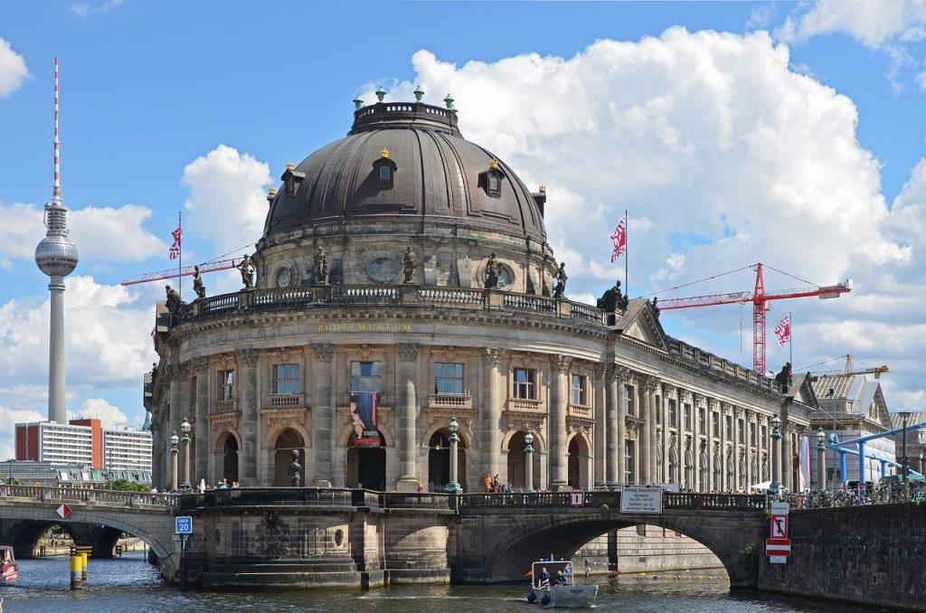 Bode Museum on Museum Island in Berlin | Pixaline / Pixabay