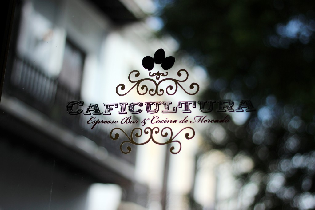 Caficultura coffee shop sign | © Vivian D Nguyen/ Flickr