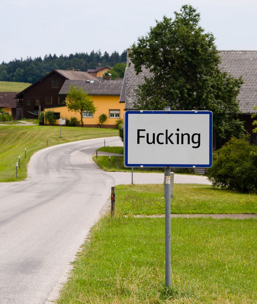 "Welcome to Fucking | © Tobias ""ToMar"" Maier / Wikimedia Commons"