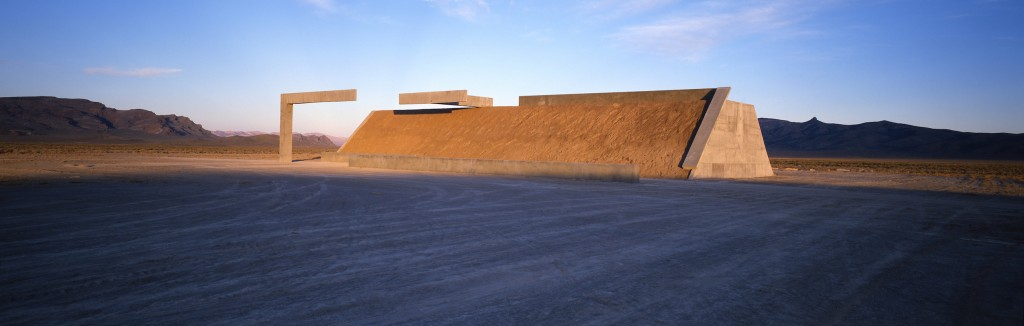 Michael Heizer, Complex One of City, 1972-ongoing | © Michael Heizer/Tripple Aught Foundation
