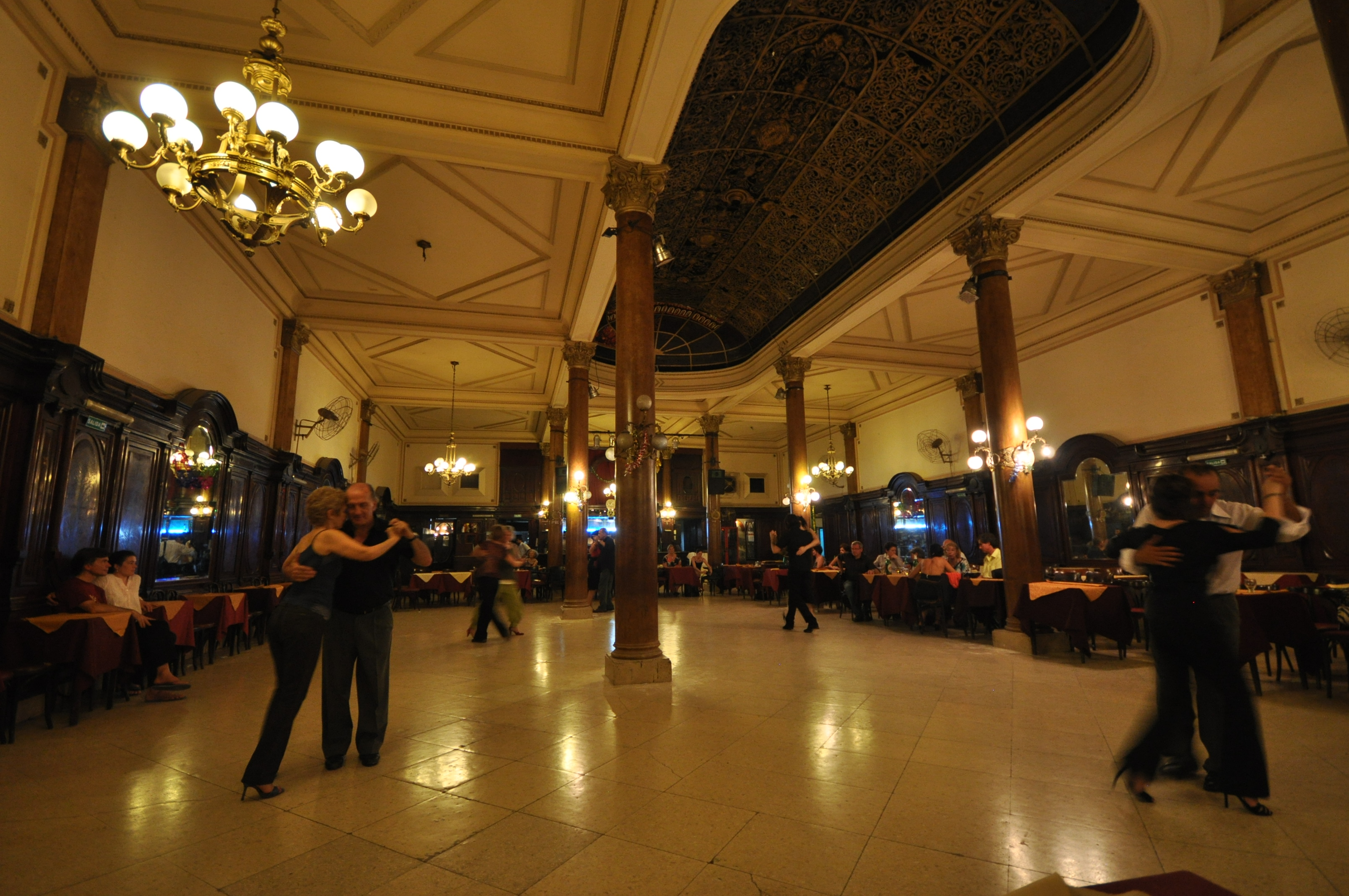 The Best Milongas To Dance Tango In Buenos Aires